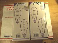 Lot of 2 TCP 200 Watt Metal Halide Bulb ED28-E MS200W/V/P 46212 Mogul E39) Base