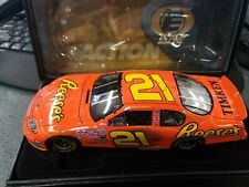 Kevin Harvick #21 Reese's Monte Carlo 1:24 Diecast Elite Car