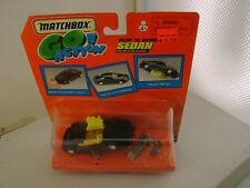 1999 MATCHBOX GO! ACTION ABOUT 1:43 SCALE FLIP N' BURN SEDAN CAR SET NEW ON CARD