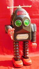Grand robot THUNDER ROBOT. Hauteur 30 cm; Avec batterie. NEUF