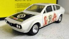 Solido 1/43 Scale Vintage 82 Alfa Romeo Alfetta GTV White 1979 diecast model car