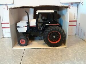 Vintage ERTL Case 2594 Tractor w/ Cab - scale 1/16 New Old Stock