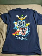 Disneyland Disney Resort 2013 Unisex T-Shirt Sz L Donald Duck Mickey Mouse Pluto