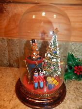 """GLASS DOME DIORAMA Decorated Christmas Tree, Soldiers, Drum & more 6.75"""" high"""