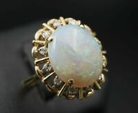 Vintage 14k Yellow Gold Opal Diamond Halo Cocktail Ring Size 7.25 RG957