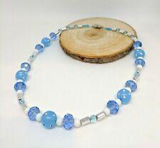 Halskette pastell hellblau weiß Silberstifte funkelnde Glitzer Strassperlen 49cm