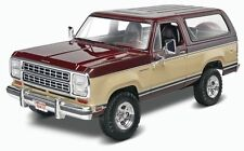 Revell 1980 Dodge Ramcharger 1/24 plastic model car truck kit new 4372
