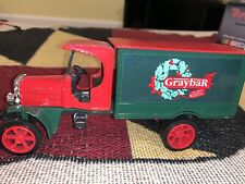 Ertl 1994 1/34 1925 Delivery Truck Die Cast Graybar Christmas Limited Edition