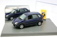 UH 1/43 - Renault Scenic RX4 Bleue