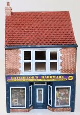 HORNBY Hardware Store R9835 - Model Trains OO / HO - Ready Built Layout Ready