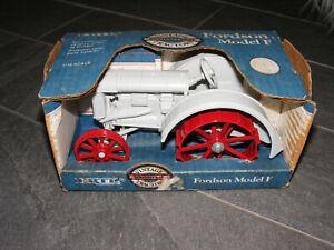 Ertl 1:16th Fordson Model F Tractor, Lug Wheels, Die Cast.