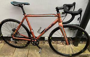Fuji 1.3 Cyclocross Bike SRAM Rival Frame 54cm / medium