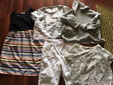 Womans clothes – size 22. Includes Estelle and Piper.Pick up 5086