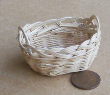1:12 Scale Wicker Basket 4cm x 3cm Tumdee Dolls House Miniature Laundry 2285 Zh