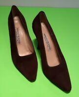 Manolo Blahnik Women's Suede Pointed BB Classic Pumps Brown Size EU 38 / US 7.5