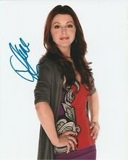 Jane Leeves Signed Autographed 8x10 Hot in Cleveland Joy Scroggs Photograph