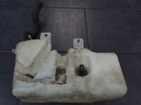BMW 7er E38 Waschbehälter Wischwasser Behälter Scheinwerferreingung 8352897