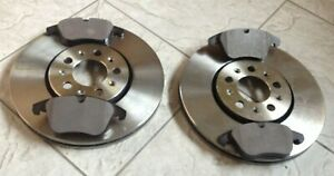 SAAB 9-3  93 03--TWO FRONT VENTED 286 MM BRAKE DISCS AND A SET OF BRAKE PADS
