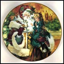Avon 1994 Christmas Plate The Wonder Of Christmas Porcelain Trimmed in 22k Gold