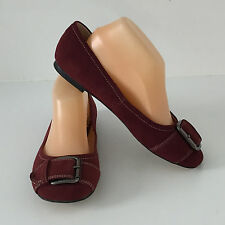 'WITTNER' BNWT '9' (40) BURGUNDY SUEDE SHOE WITH CREAM TOP STITCHING