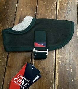 COMFORT ZONE Size Extra Small Green Dog Lapel Rug Brand New