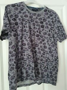 Mens Ted Baker T-shirt Size 6