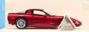 Revell 1:25 2004 Corvette Coupe Red Promo Model Built Model #0952