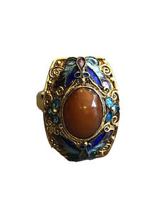 Vintage Chinese Gold Kingfisher Ring with Butterfly Design