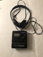 VTG Sony Walkman FM/AM SRF-M40W Portable Radio w/ Headphones Works Tested