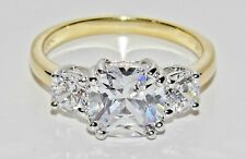 "9CT YELLOW GOLD & SILVER ""MEGHAN MARKLE"" REPLICA 3 STONE ENGAGEMENT RING size i"