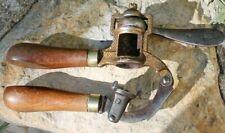 ancien appareil  pour les cartouches  de chasse