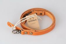 LETHAUS - LEATHER CAMERA STRAP WITH HOOK - (CONIAC)