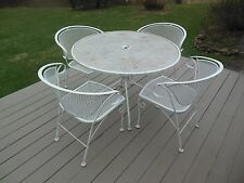 Outdoor Metal Table and 4 chairs