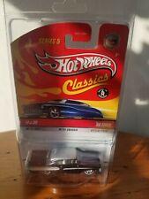 Hot Wheels Classics Series 5 '58 Edsel Chase
