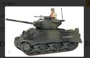 Britains 17496D U.S. Army Camo Sherman M4A1 Tank With Tank Commander & .50 Cal