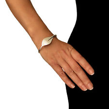 Hallmarked Calla Lily 925 Sterling Silver Bracelet Cuff in a gift Box