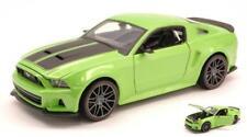 Ford Mustang Street Racer 2014 Green/Black 1:24 Maisto MI31506