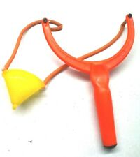 Futterschleuder Maden-schleuder Katapult Zwille Zwackel Stein