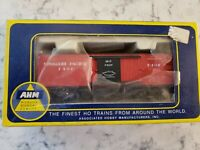 Missouri Pacific 7407 Boxcar opening door HO scale  AHM