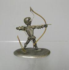 Sculpture sur étain XXe. Archer signé Michel Laude.