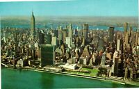 Vintage Postcard - United Nations Building With East River New York NY #1693