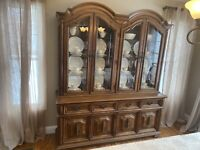 Vintage 10pc Thomasville Dining Room Set- Hutch, Butler, Table With 6 Chairs