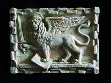 Bassorilievo leone di San Marco  spada guerra in terracotta  appendere 25x19 cm