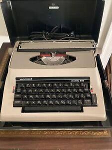 underwood electric typewriter 565