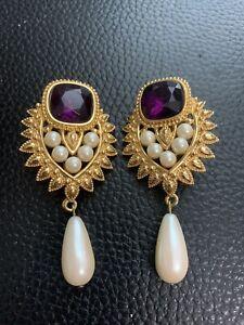 Vtg Elizabeth Taylor Avon Jhaveri Imperial Elegance Faux Pearl Clip Earrings