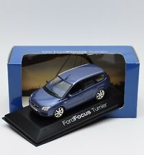 Minichamps Klassiker Ford Focus Turnier in blau metallic, 1:43 , OVP, 93/35