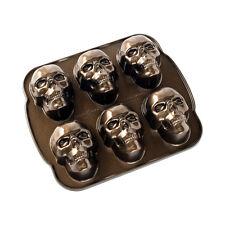 Nordic Ware Haunted Skull Cakelet Pan, Bronze
