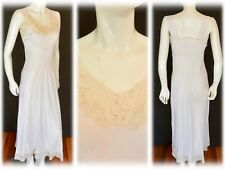 Old Hollywood Vintage 1930s 30s 1940s Bias Cut Rayon Nightgown Gown Dress w Lace