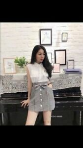 Junior 2 Piece Set Black and White Plaid Skirt White Sleeveless Shirt V-Neck