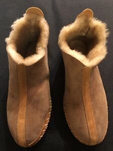 LL Bean Tan Shearling Lined Wicked Good Moccasin Boot Slippers Size 10 M Women's